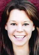 Melyssa Hayden Recepcionista joven